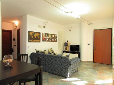 Appartamento con ingresso indipendente in Vendita