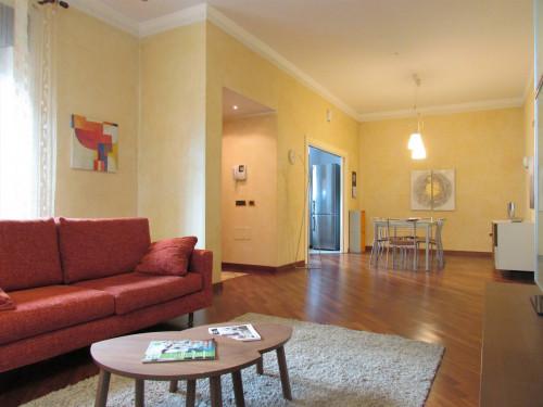 Appartamento con ingresso indipendente in Affitto