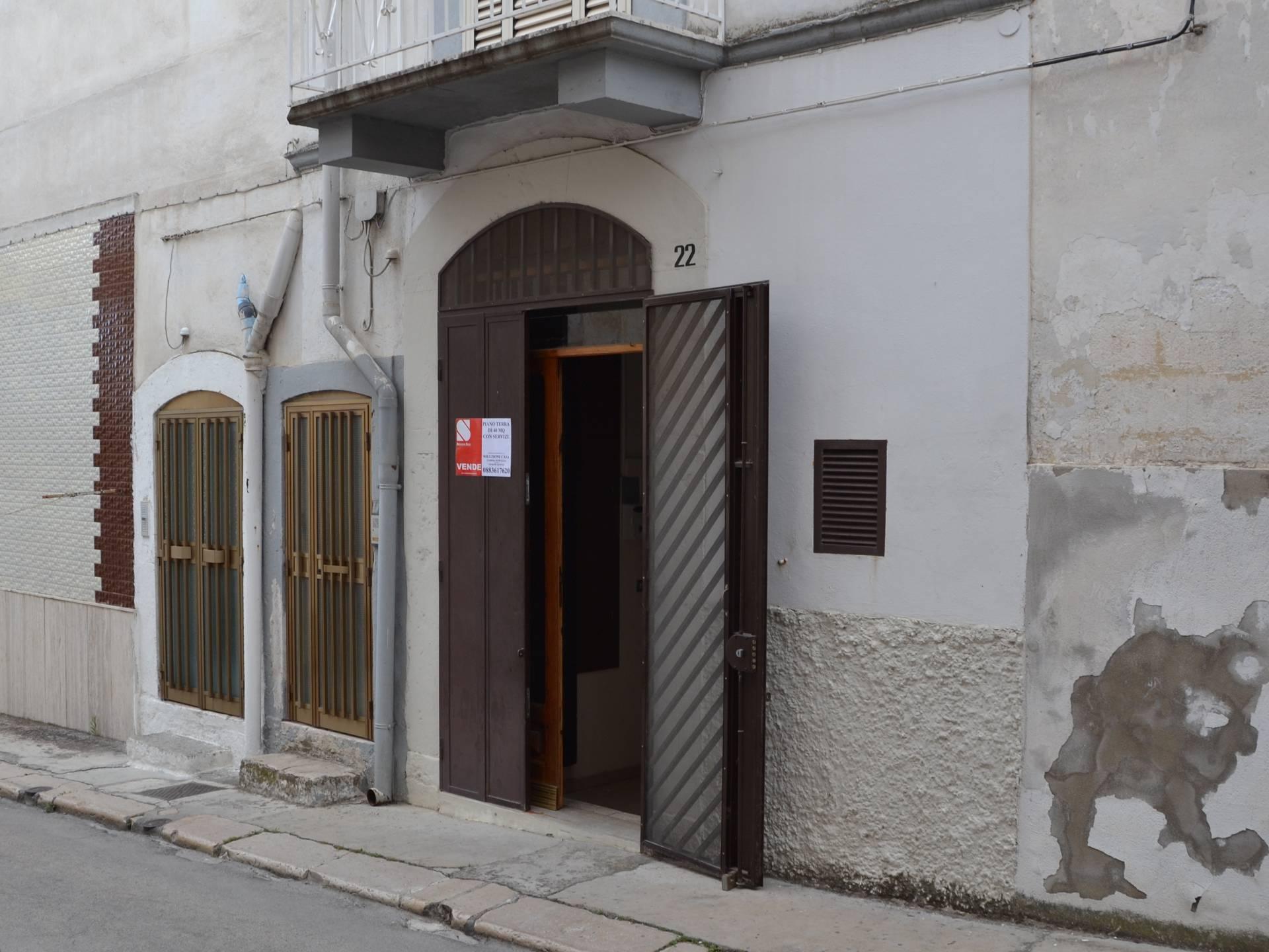 Casa singola in vendita a canosa di puglia cod r414 - Piano casa regione puglia ...