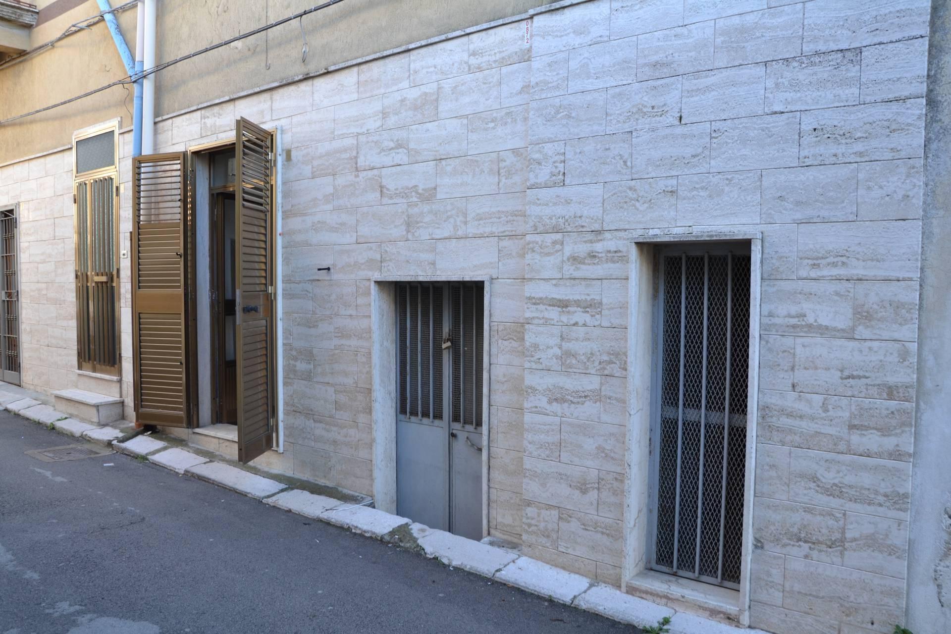 Appartamenti in vendita a canosa di puglia cerca con - Piano casa puglia 2018 ...
