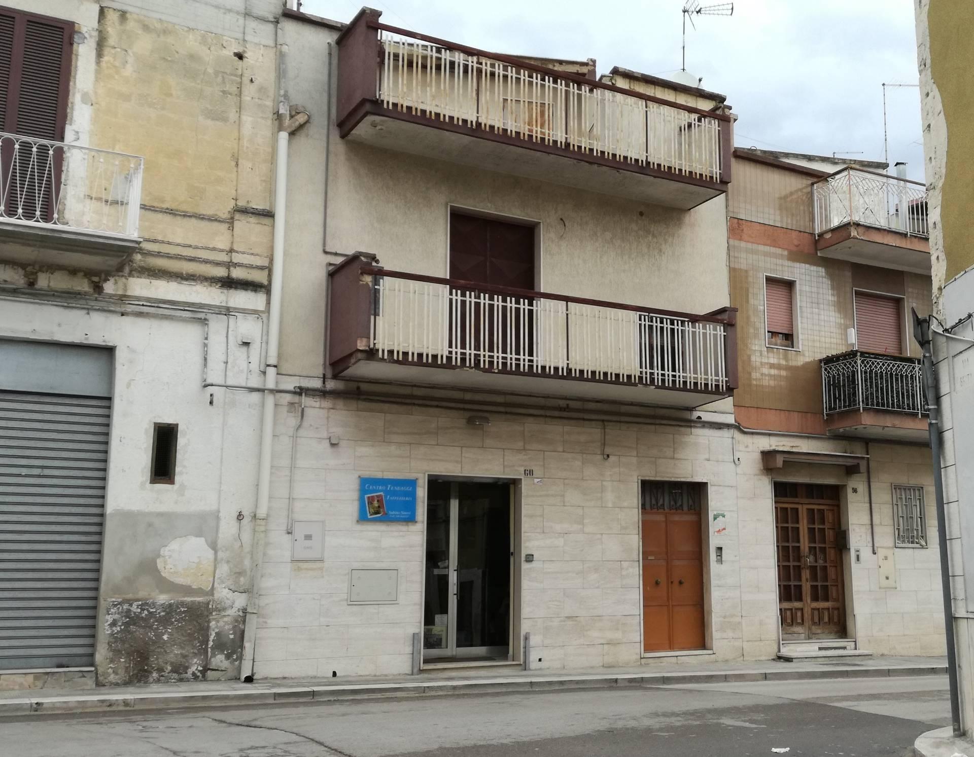 Casa singola in vendita a canosa di puglia cod r502 - Piano casa puglia ...