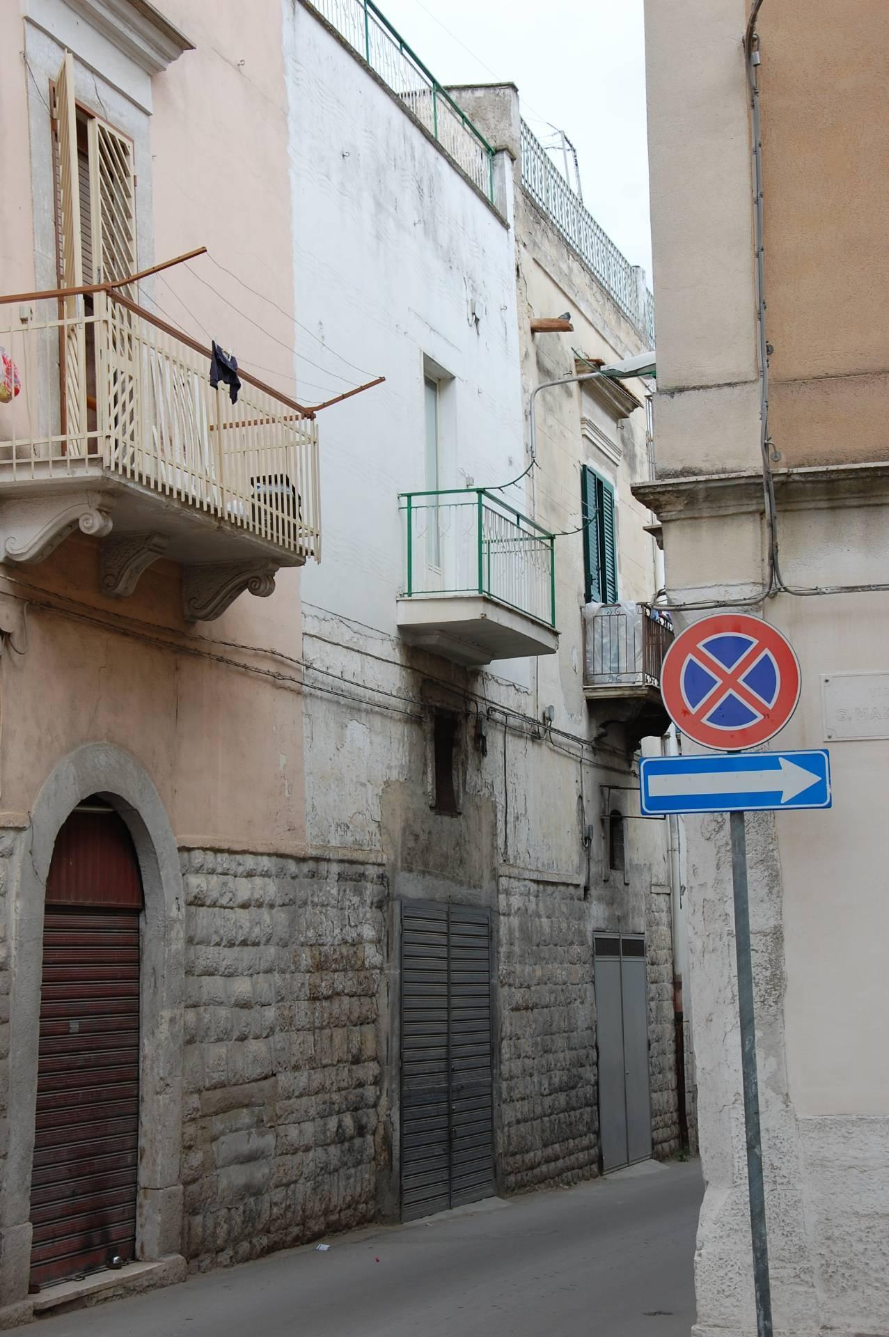 Casa singola in affitto a canosa di puglia cod f129 - Piano casa regione puglia ...