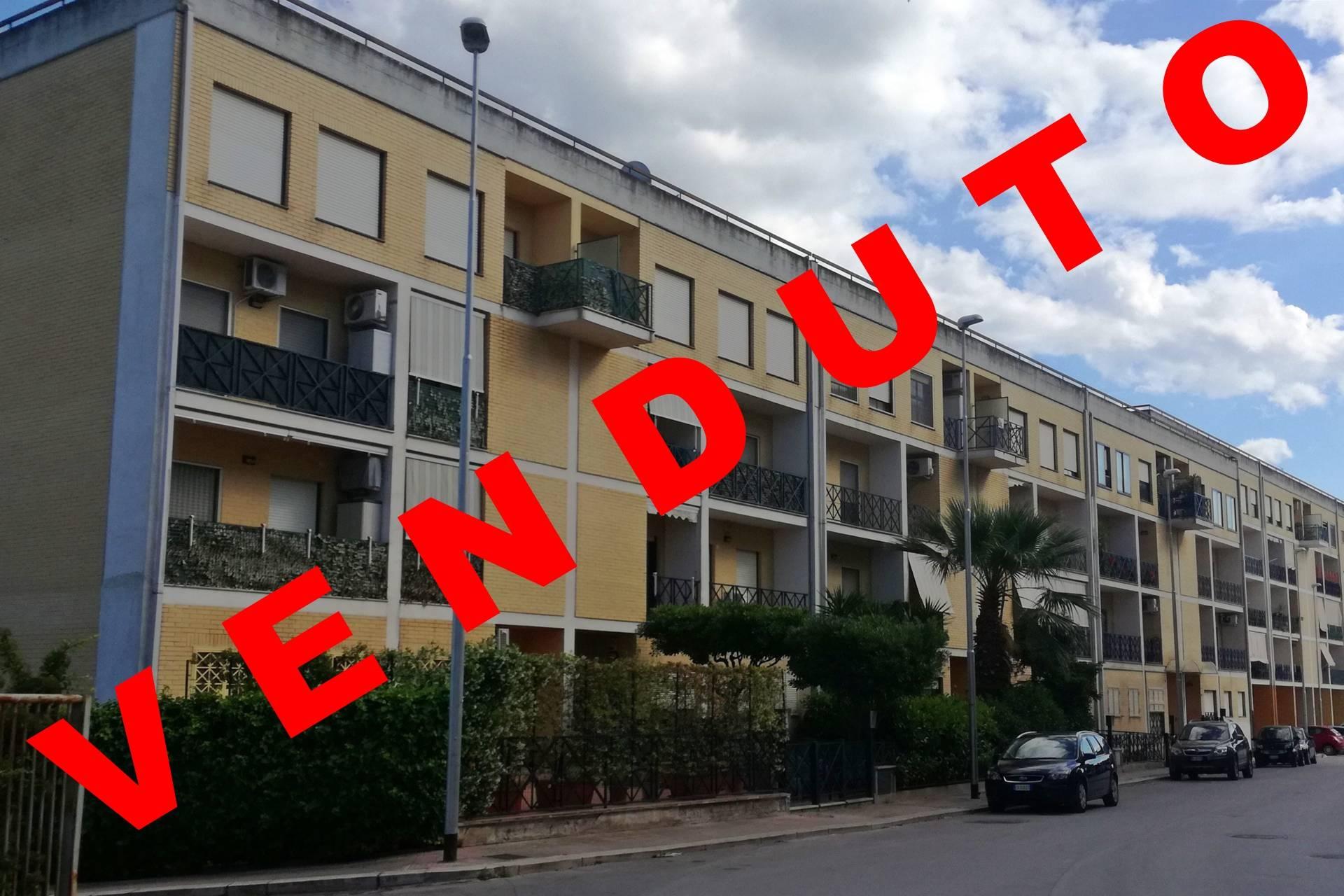 vendita appartamento canosa di puglia zona 167  89000 euro  4 locali  96 mq