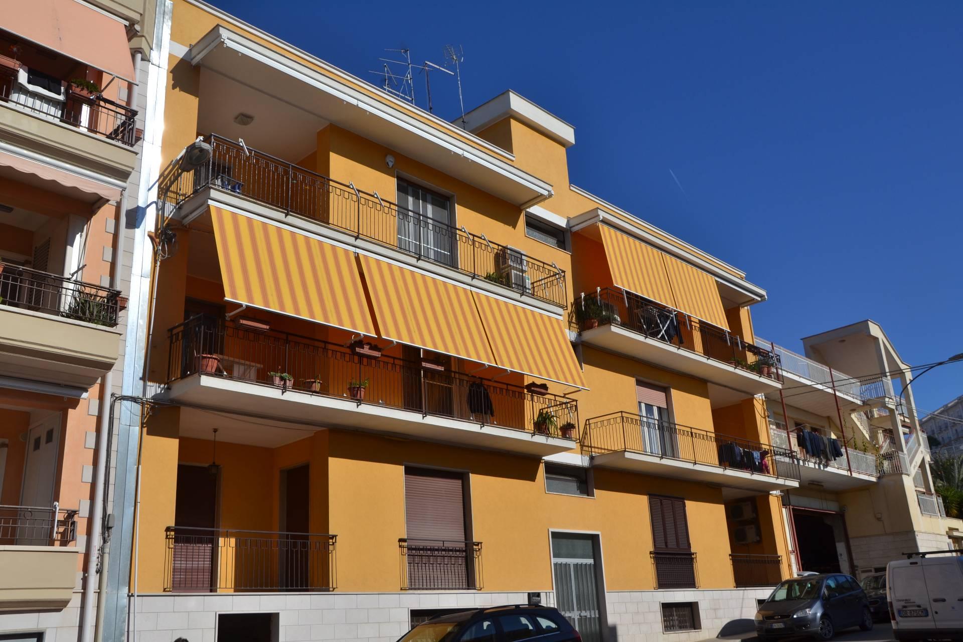vendita appartamento canosa di puglia   119000 euro  4 locali  120 mq