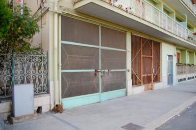 Box/Garage in Vendita a Canosa di Puglia