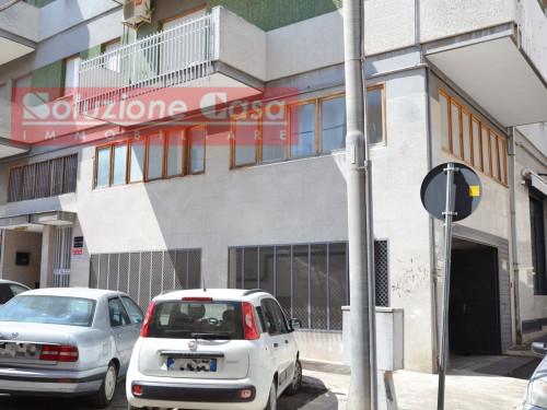 Studio/Ufficio in Affitto a Canosa di Puglia