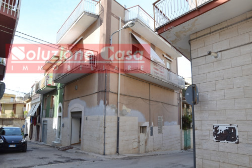 Appartamento indipendente in Vendita a Canosa di Puglia