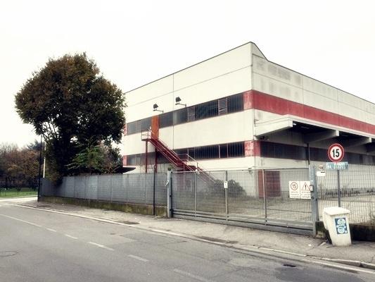Capannone in affitto a Paderno Dugnano, 9999 locali, prezzo € 6.250 | CambioCasa.it