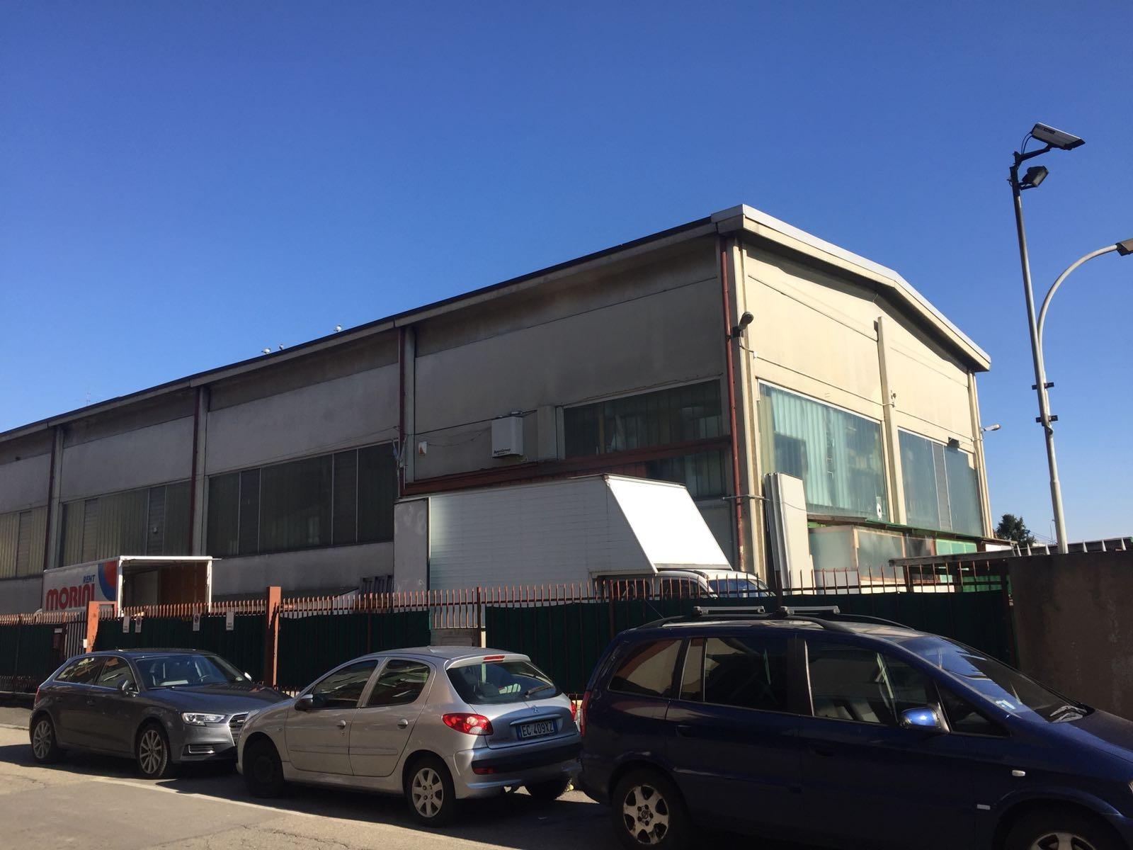Capannone in vendita a Baranzate, 9999 locali, prezzo € 295.000   CambioCasa.it