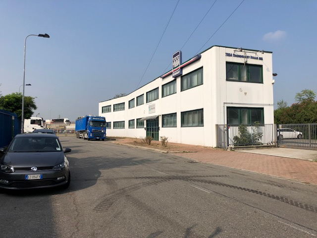 Capannone in vendita a Cormano, 9999 locali, zona Zona: Cormano-Centro, prezzo € 670.000 | CambioCasa.it