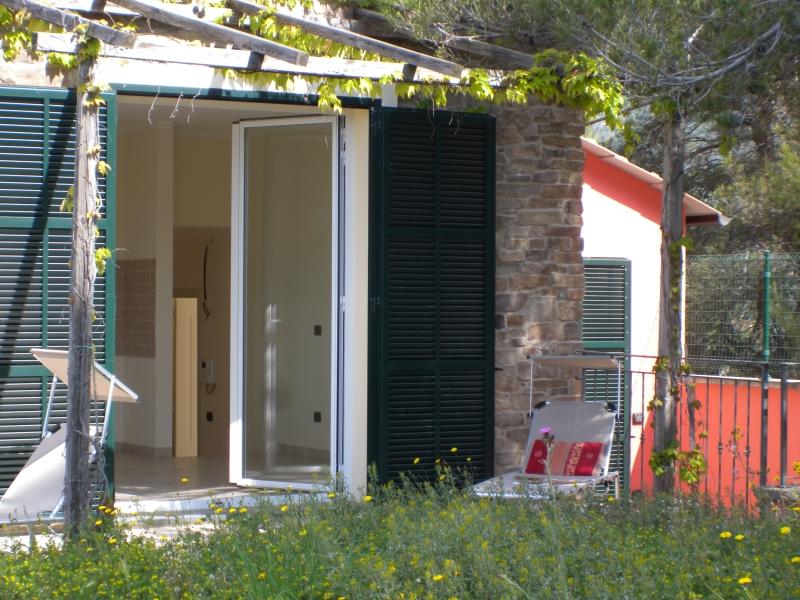 Villa in vendita a Diano Marina, 4 locali, prezzo € 370.000 | Cambio Casa.it