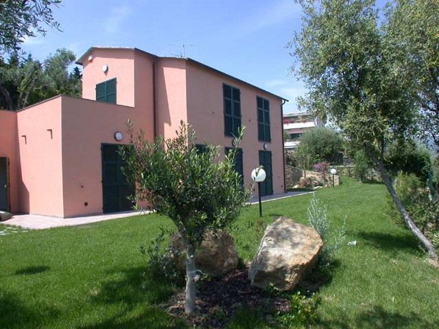 Villa in affitto a Diano Marina, 6 locali, Trattative riservate | CambioCasa.it