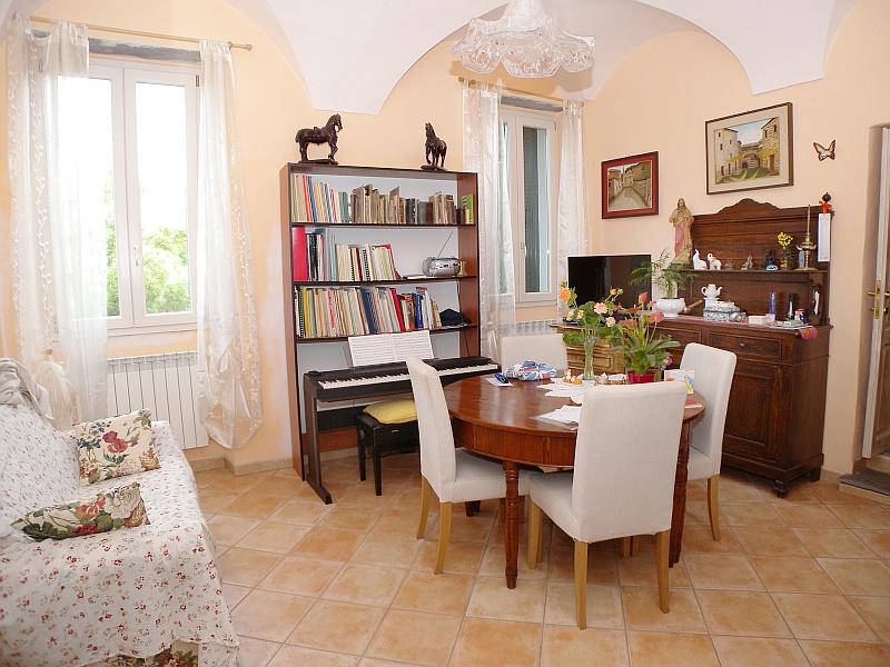 In Vendita Appartamento a Vasia