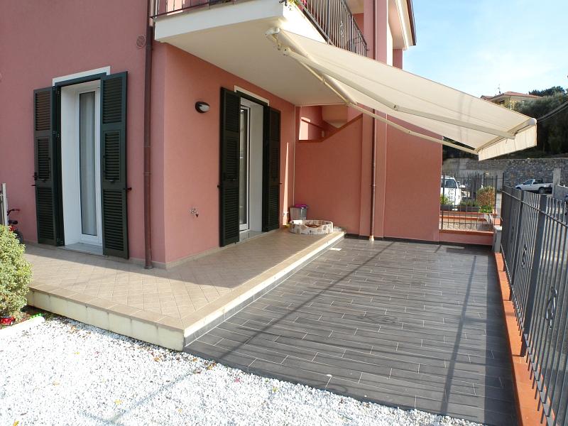 vendita appartamento imperia oneglia centro  395000 euro  5 locali  142 mq