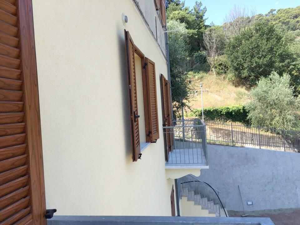 Appartamento in vendita a Diano Arentino, 3 locali, prezzo € 180.000 | Cambio Casa.it
