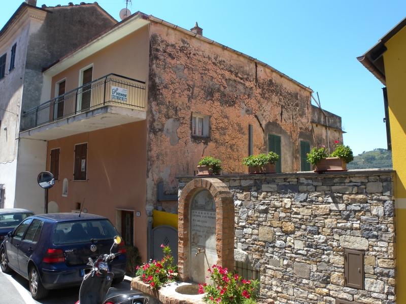 Appartamento in vendita a Diano Castello, 11 locali, prezzo € 199.000 | Cambio Casa.it