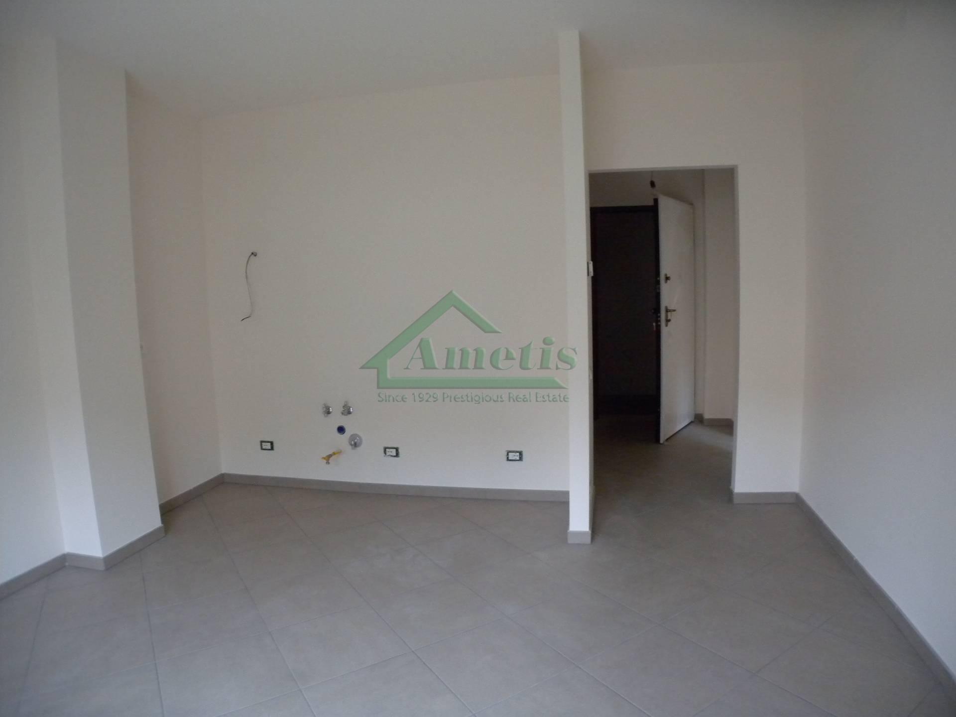 Appartamento in affitto a Imperia, 2 locali, zona Località: Onegliacentro, prezzo € 530 | Cambio Casa.it