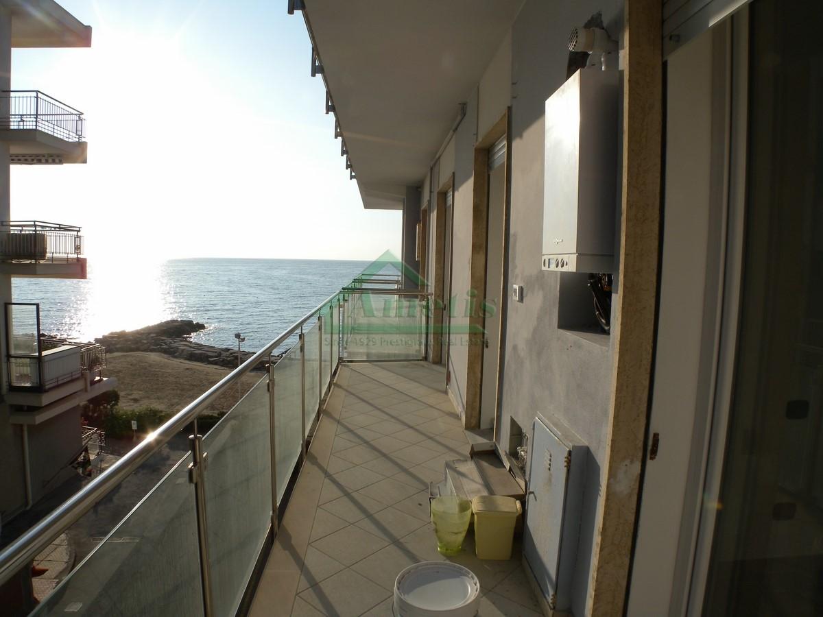 Appartamento in affitto a Diano Marina, 3 locali, prezzo € 650 | Cambio Casa.it