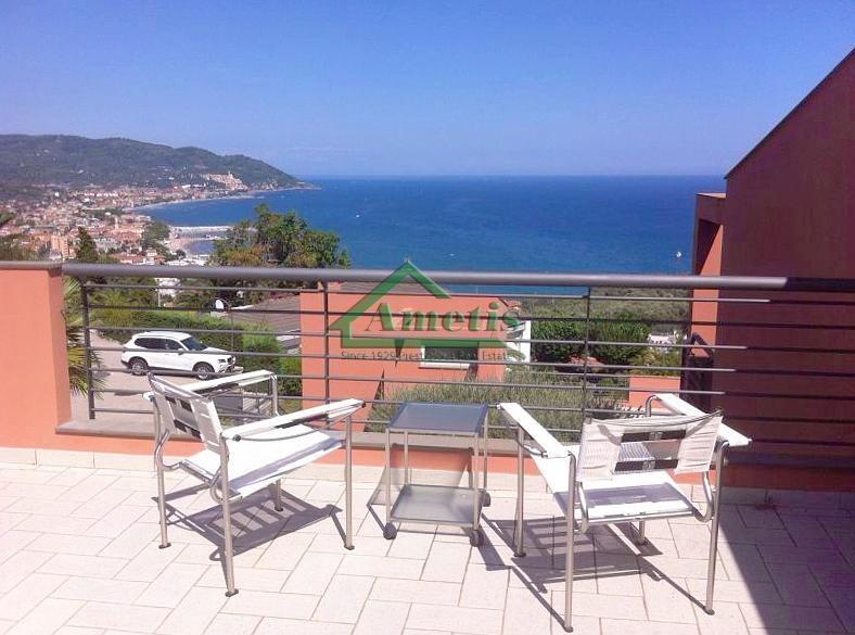 Villa in vendita a Diano Marina, 4 locali, prezzo € 650.000   Cambio Casa.it