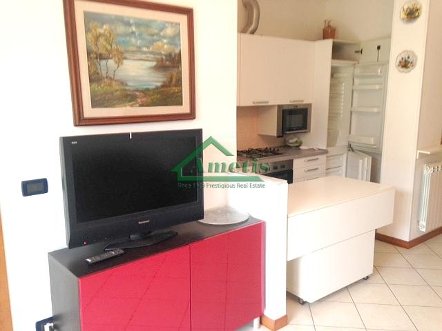 Appartamento in affitto a Imperia, 3 locali, prezzo € 550   CambioCasa.it