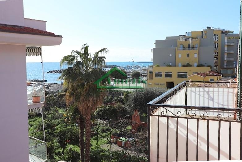 Appartamento in Vendita a Diano Marina