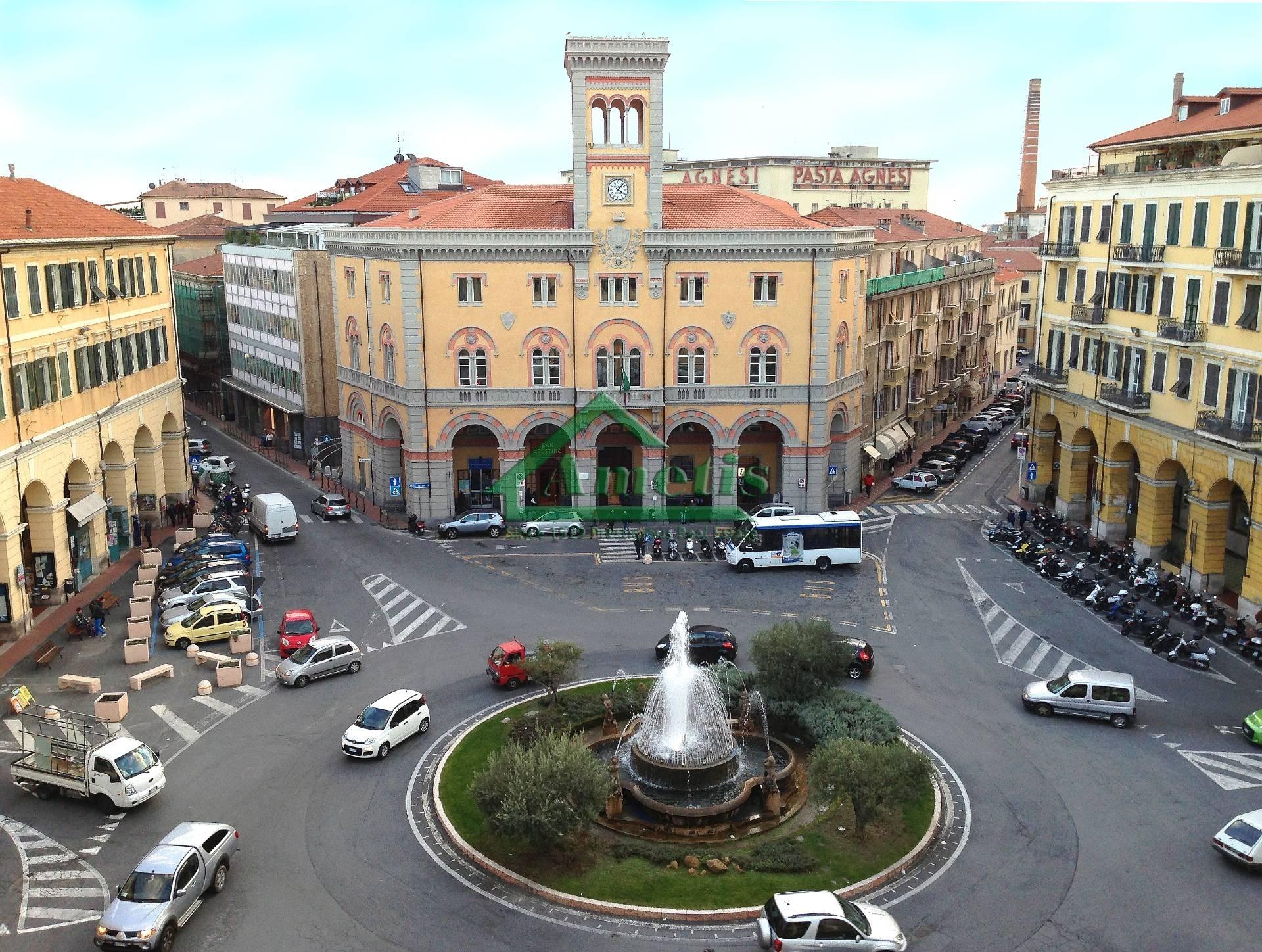 Negozio / Locale in vendita a Imperia, 3 locali, zona Località: Onegliacentro, prezzo € 120.000 | CambioCasa.it