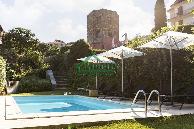 Rustico / Casale in vendita a Pontedassio, 6 locali, zona Località: VillaViani, prezzo € 420.000 | CambioCasa.it