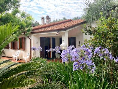 Villa for Sale in Diano Marina