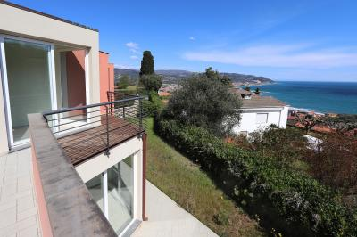 Villa in Vendita a Diano Marina