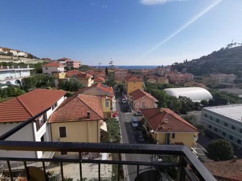 Appartamento in Affitto a San Lorenzo al Mare