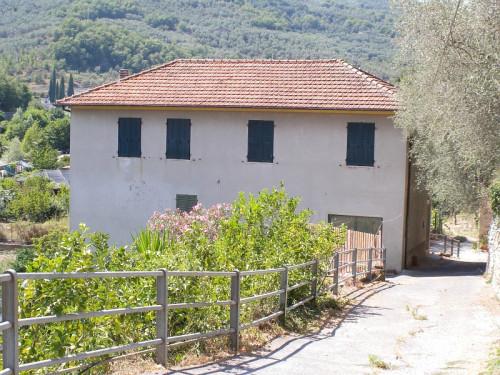 Villa in Vendita a Pontedassio