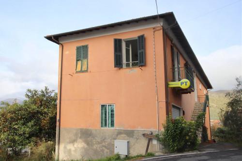Appartamento in Vendita a Chiusanico