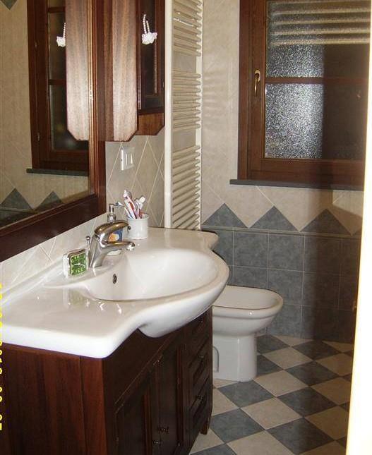 Appartamento in vendita a cecina case in vendita e for Arredamento casa biz
