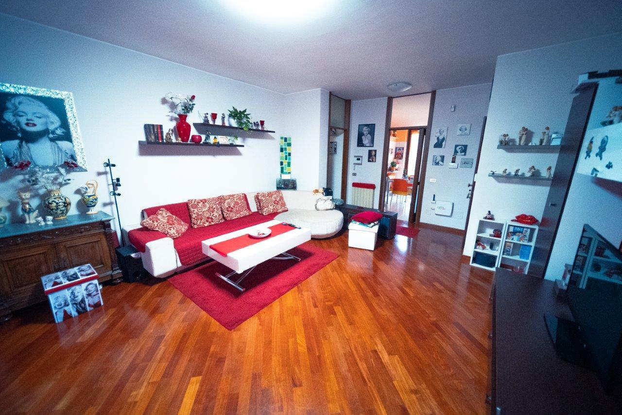 Vendita Trilocale Appartamento Legnano 177961
