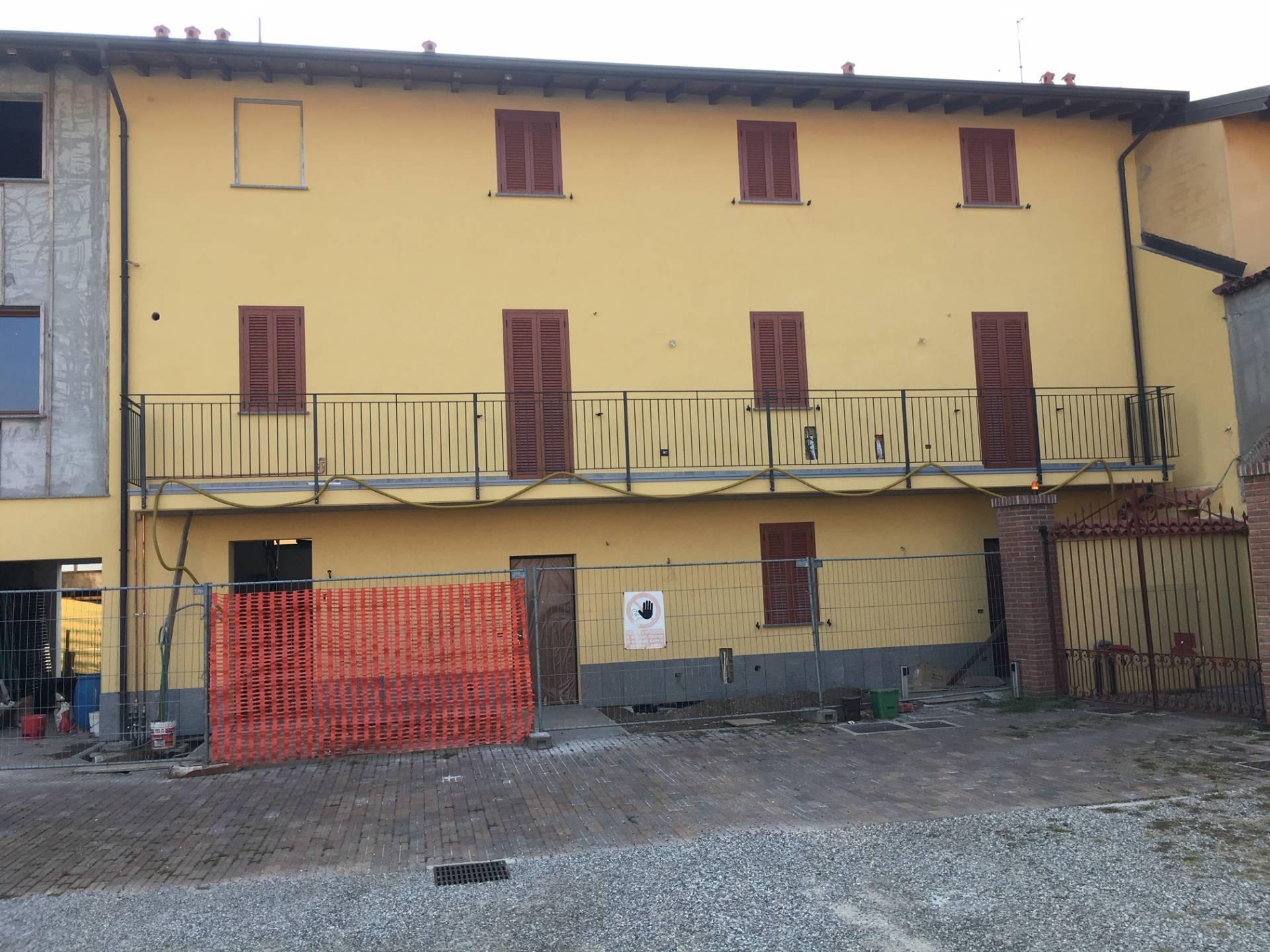 Appartamento in vendita a Solbiate Olona, 2 locali, zona iello, prezzo € 90.000 | PortaleAgenzieImmobiliari.it
