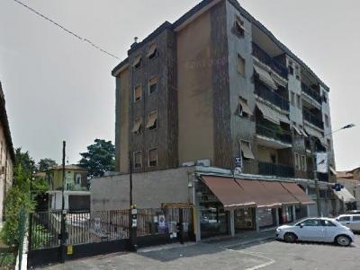 Magazzino in Vendita a Legnano