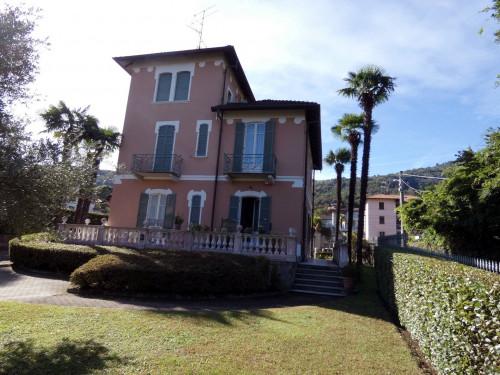 Villa in Vendita a Stresa