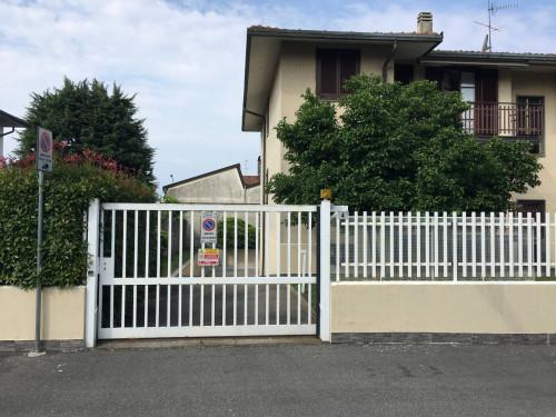 Box Singolo in Affitto a Pregnana Milanese