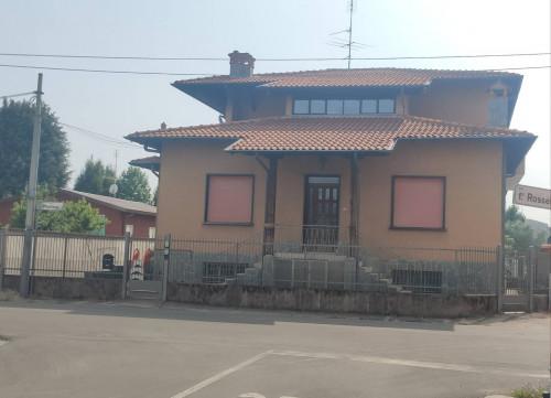 Villa Bifamiliare in Vendita a Canegrate