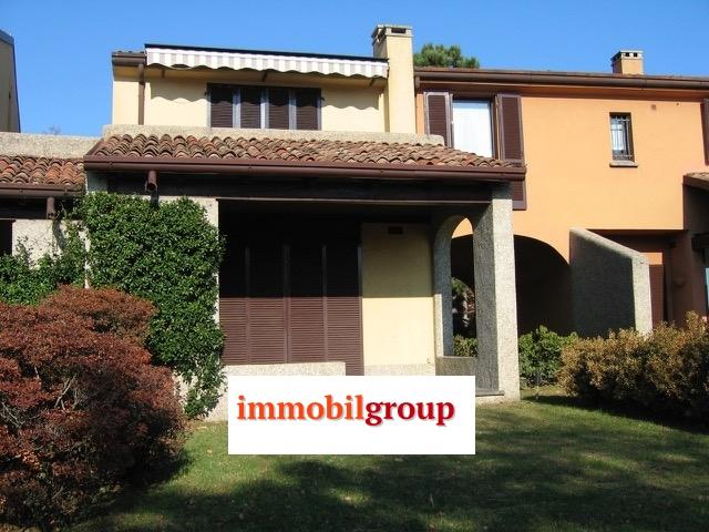 Appartamento in affitto a Lesa, 3 locali, prezzo € 3.500 | CambioCasa.it