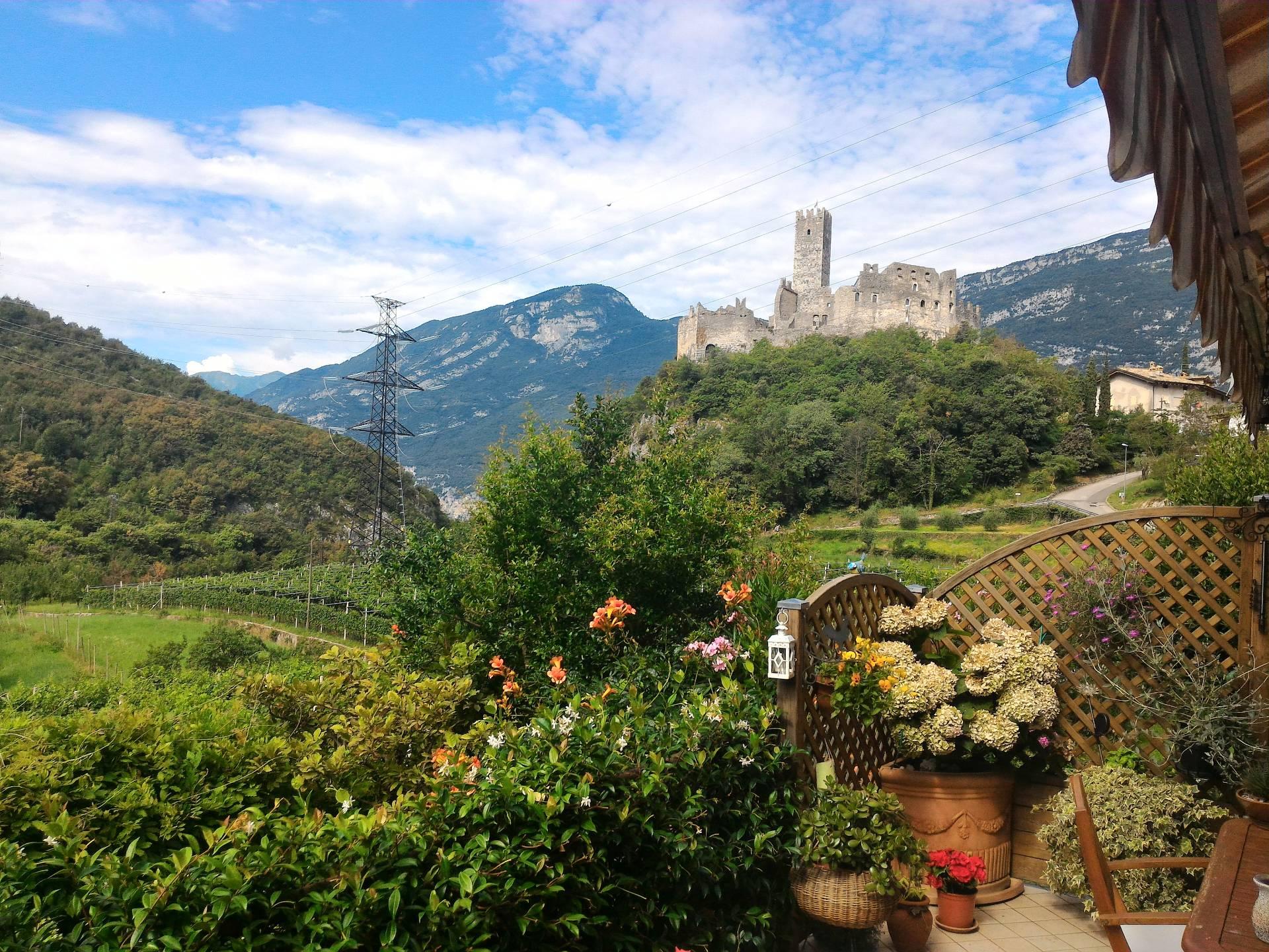 Villa a Schiera in vendita a Drena, 4 locali, prezzo € 290.000 | Cambio Casa.it