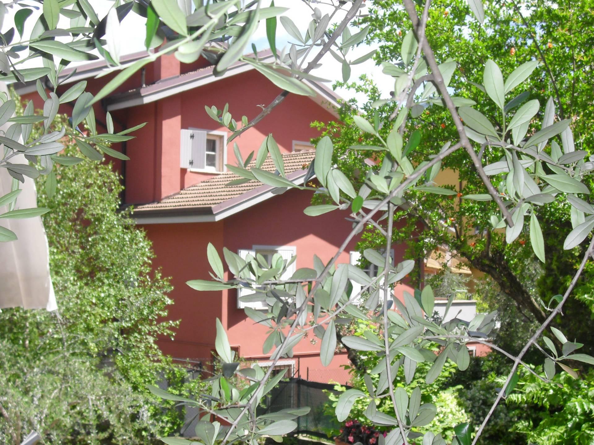 Villa in vendita a Riva del Garda, 10 locali, zona Zona: Riva, Trattative riservate   CambioCasa.it