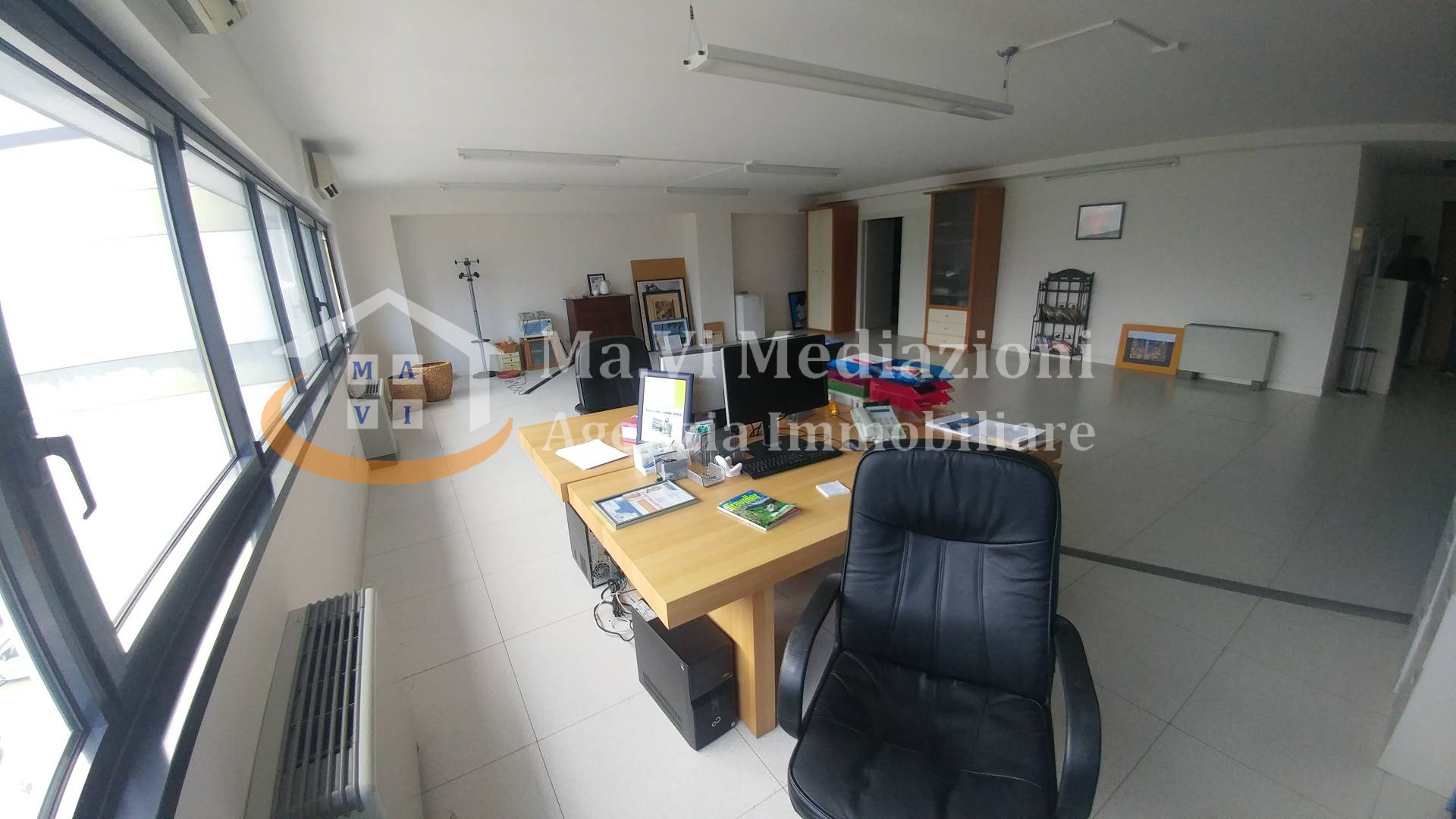 Ufficio / Studio in vendita a Arco, 9999 locali, prezzo € 110.000   CambioCasa.it