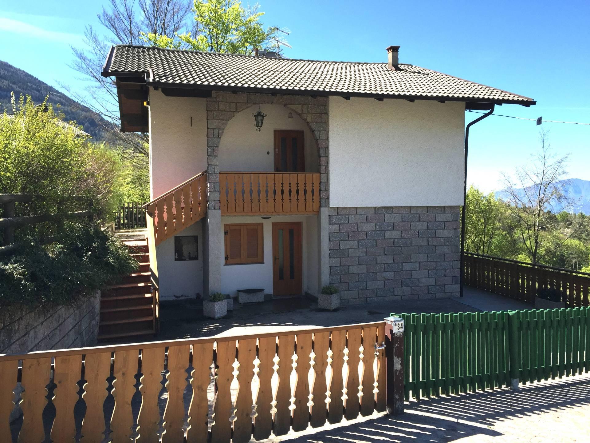 Soluzione Indipendente in vendita a Calavino, 6 locali, prezzo € 300.000 | CambioCasa.it