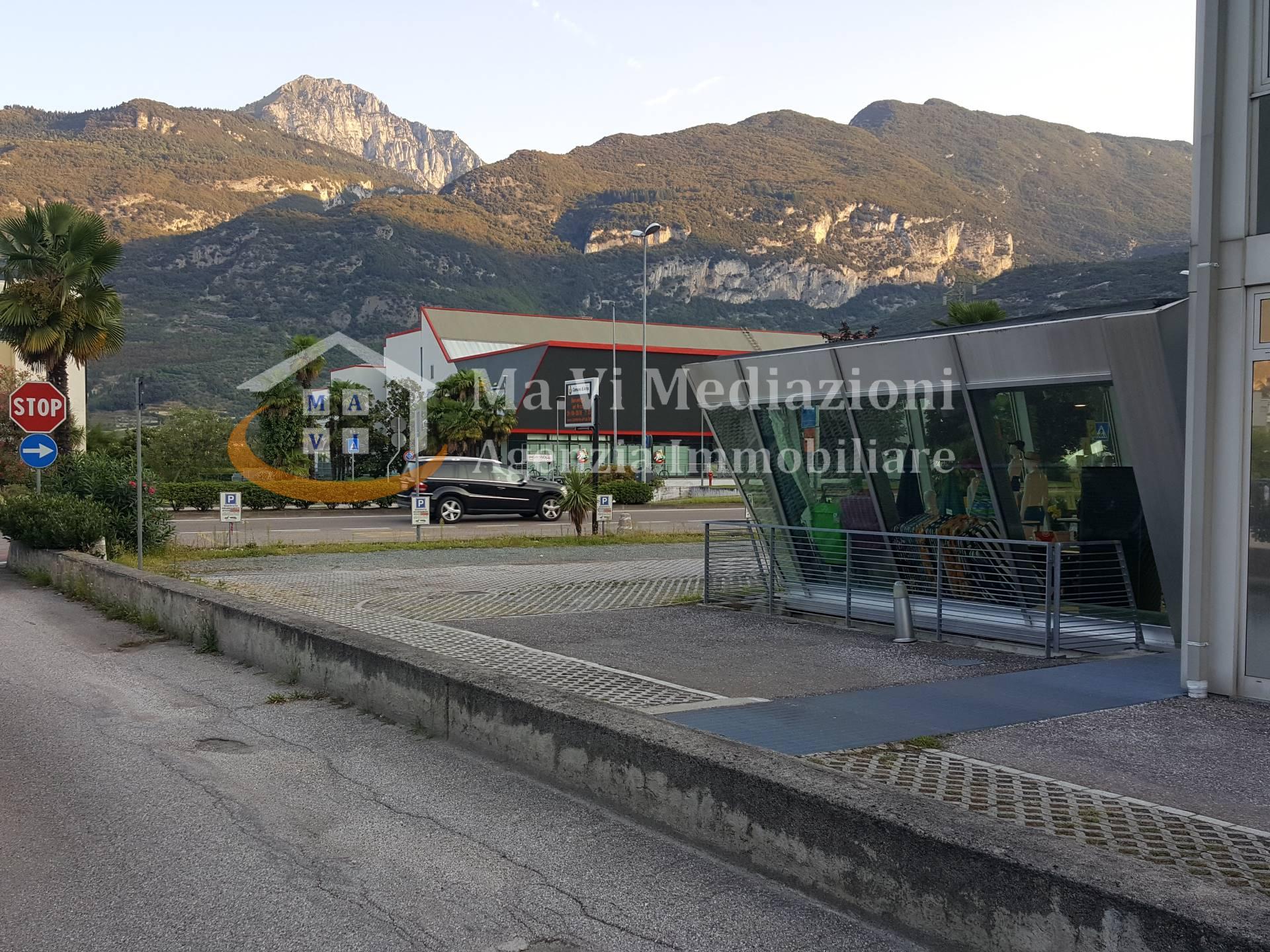 Negozio / Locale in vendita a Arco, 9999 locali, Trattative riservate   CambioCasa.it