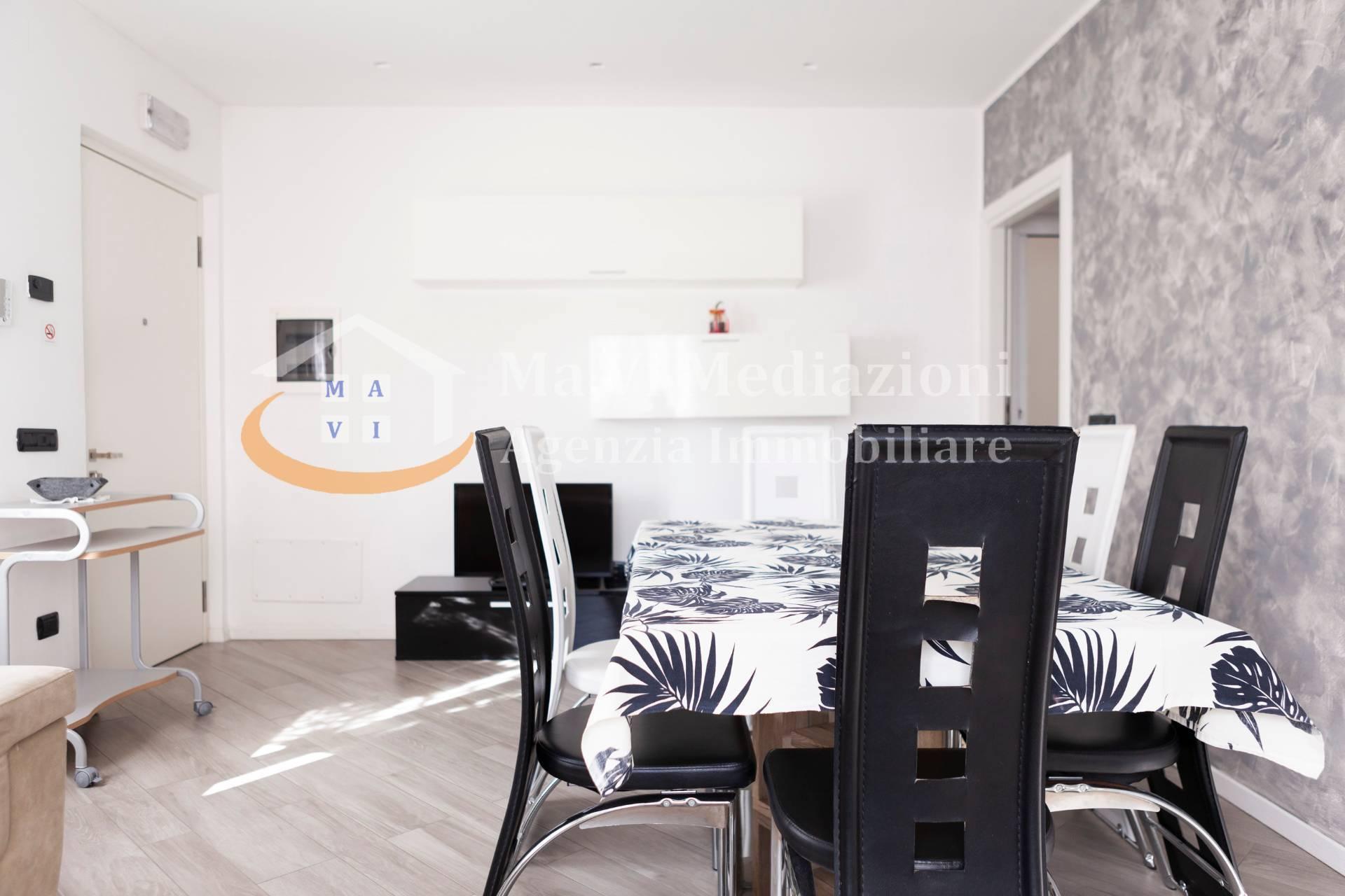 Appartamento in vendita a Nago-Torbole, 4 locali, zona Zona: Nago, prezzo € 275.000 | CambioCasa.it