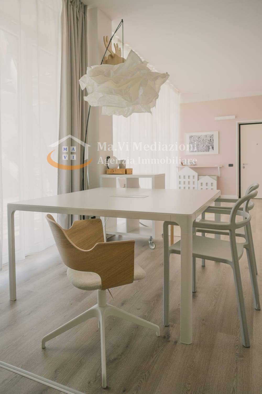 Ufficio / Studio in affitto a Arco, 9999 locali, prezzo € 750   CambioCasa.it