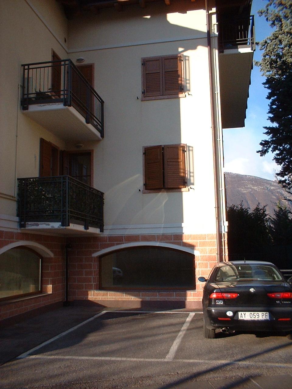 Attività / Licenza in vendita a Mezzocorona, 4 locali, prezzo € 275.000 | CambioCasa.it