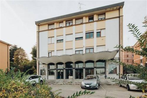Palazzo / stabile in Vendita