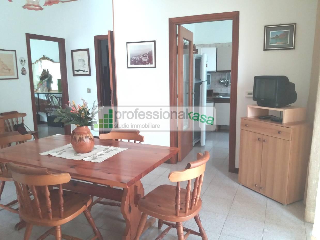 Appartamento in vendita a Vasto, 6 locali, zona Località: 4CentraleCommerciale, prezzo € 115.000   PortaleAgenzieImmobiliari.it